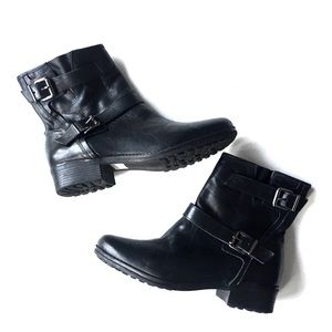 Arezzo side buckle motorcycle boots Size 9 (men's)